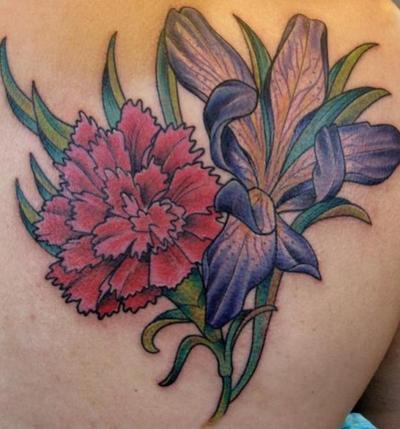 Tatouage fleur.
