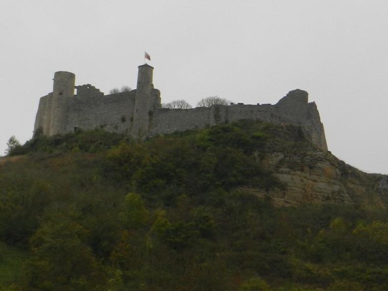 689   Séverac le Château