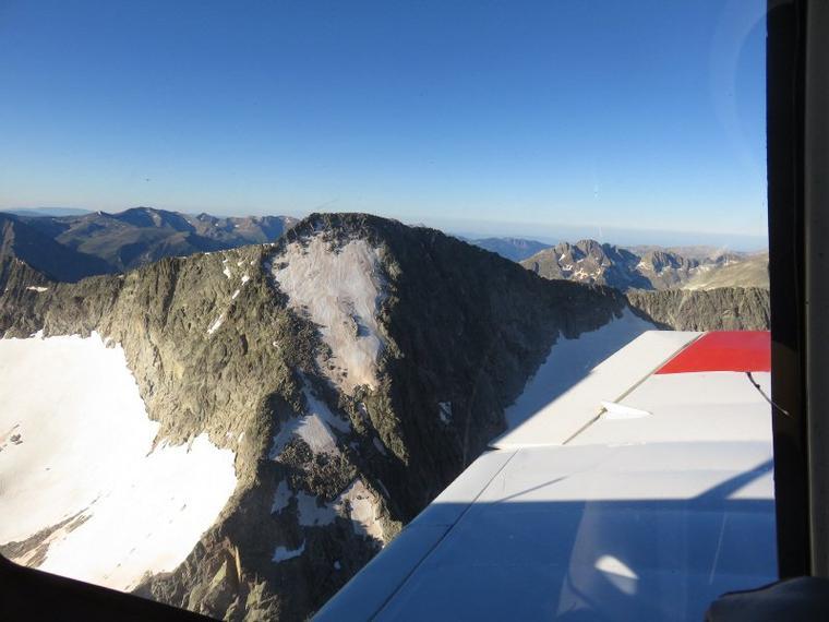 1106  Au-dessus des montagnes  2