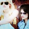 Kstew & Dakota singing - Cherry Bomb (2010)