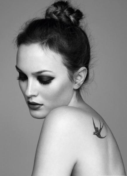 tatouage temporaire sur l 39 omoplate oiseau tattoo artist. Black Bedroom Furniture Sets. Home Design Ideas