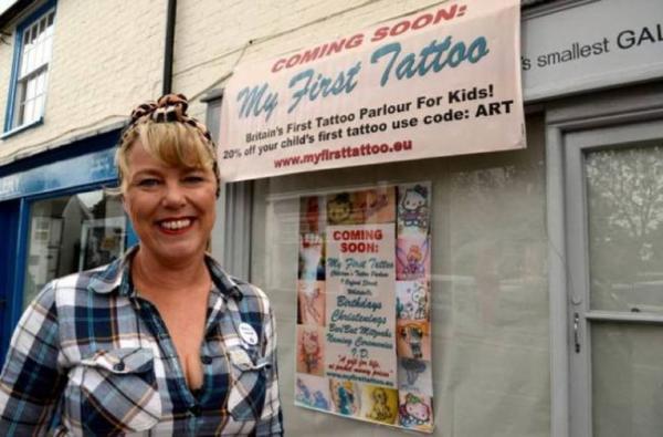 Un salon de tatouage pour enfant? Explication!