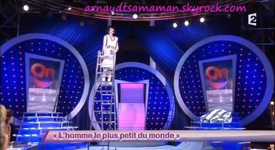 L'homme le plus petit du monde (55ème passage d'Arnaud Tsamere)
