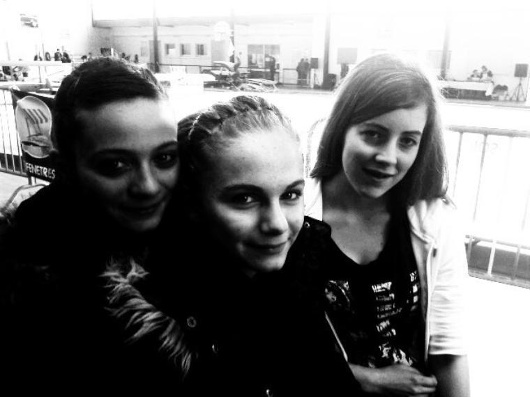Emilie, Ophélie et Aziliz, compétion à Auray