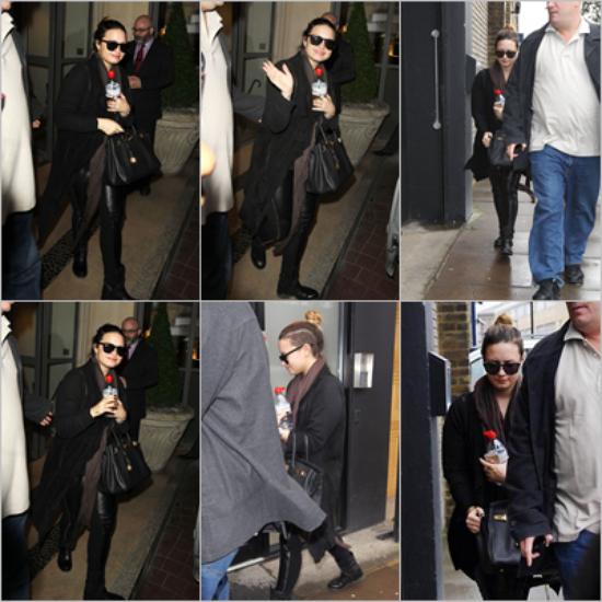 LE 15/05 - Demi a été vu à l'aéroport de Los Angeles !!