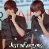 Justin à Paris , je ne peux mème pas aller le voir , entouqua je l'est écouter sur NRJ avec ces Bisous bisous il été trop choux <3