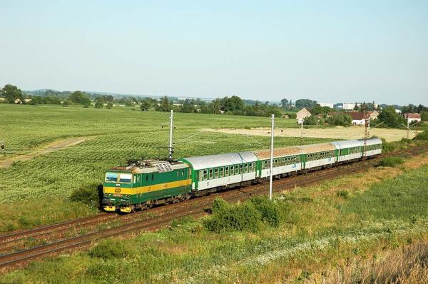 Le train quatre-vingt treize