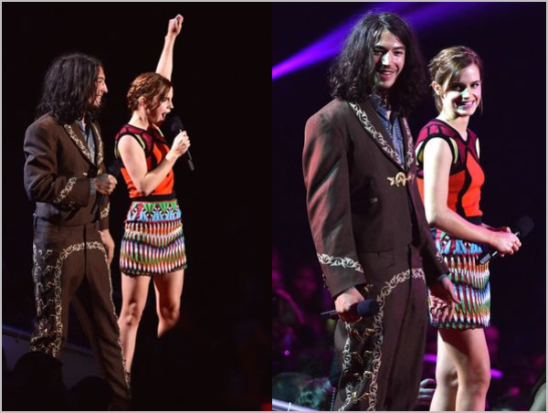 ". 06/09/12 ➜ Emma était aux MTV Video Music Awards à Los Angeles en compagnie de sa co-star de ""The Perks of being a Wallflower"" Ezra Miller. Emma portait une robe signée Peter Pilotto .."