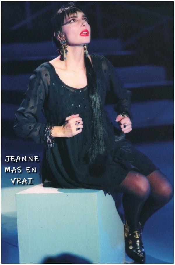 """15 OCTOBRE 1990 - 15 OCTOBRE 2020 - L' album """"L'ART DES FEMMES"""" a 30 ans !  (suite)Découvrez """"Le contrechamp""""  interprété une seule et unique fois à la TV fin 1990 en Belgique par Jeanne"""