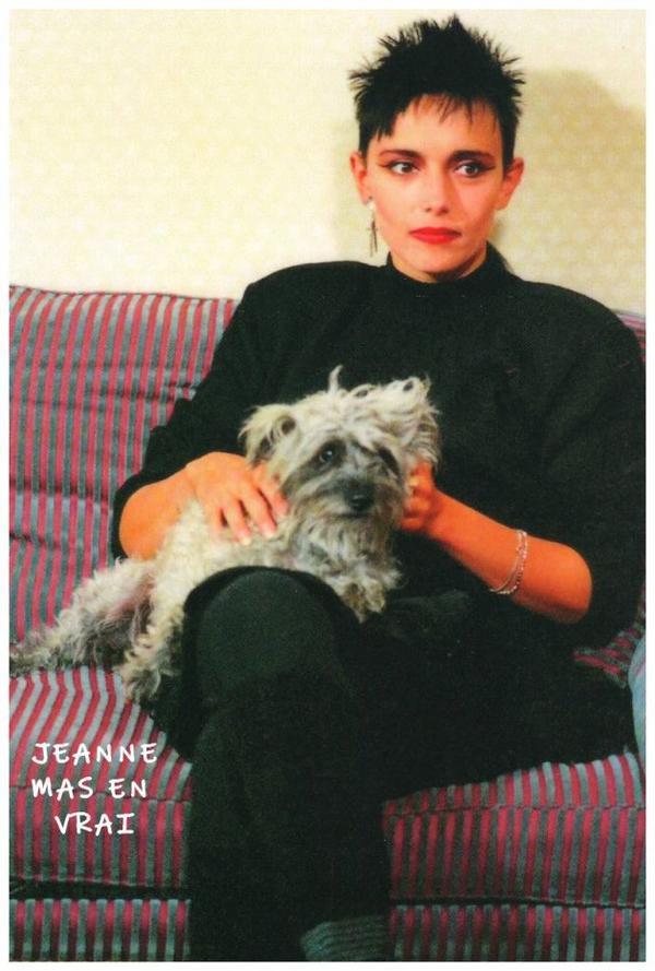 """Le passage TV de la semaine - 20/05/1989 : Jeanne reçoit l'équipe de """"30 millions d'amis"""" pour présenter sa chienne """"Daphnée"""""""