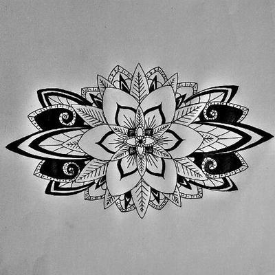 Dessin 15 mandala flower the lone wolf - Dessin de fleur en noir et blanc ...