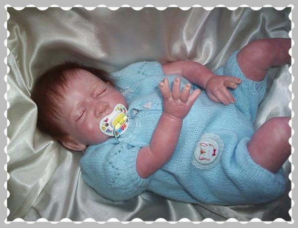 joshua bébé reborn endormi