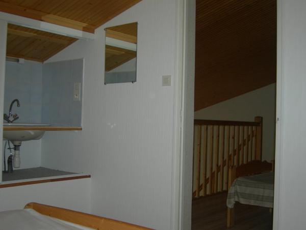decollage tapisserie pose de papier intisse et peinture murs et plafonds suite renovation en. Black Bedroom Furniture Sets. Home Design Ideas
