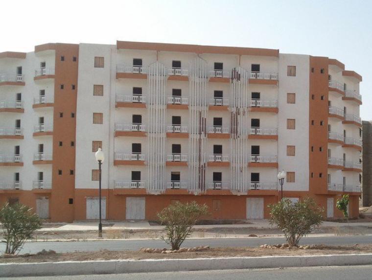 Nouveaux batiments à Sidi Brahim.