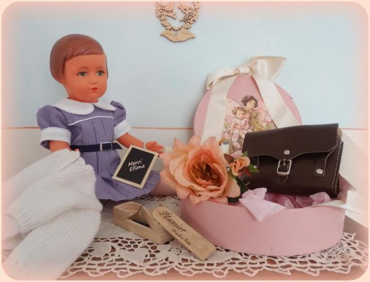 Françoise s'est accaparée des cadeaux d'Efiona ! !