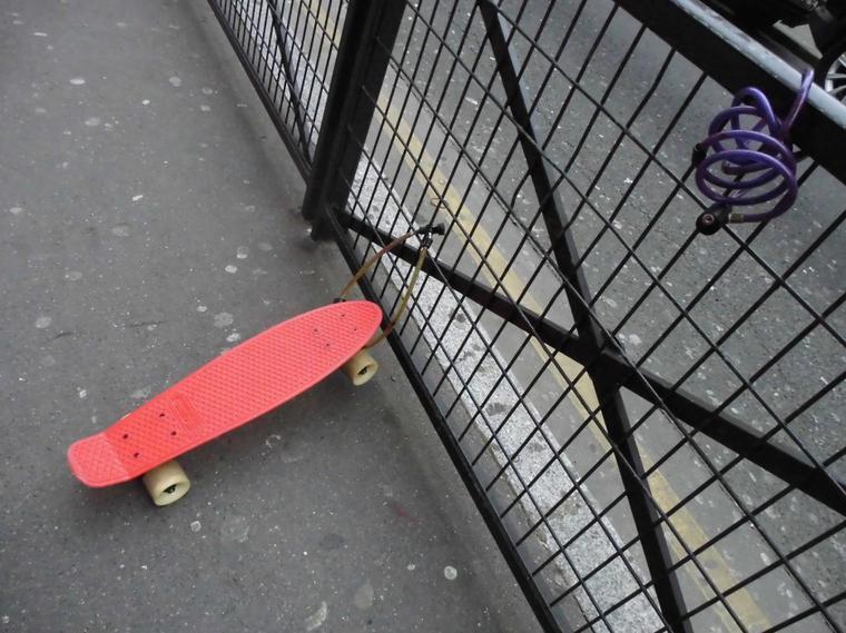 Garage à patinettes