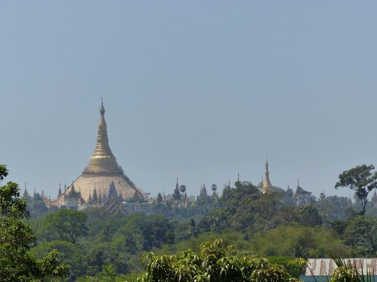 Myanmar 1 : Rangoon une pagode