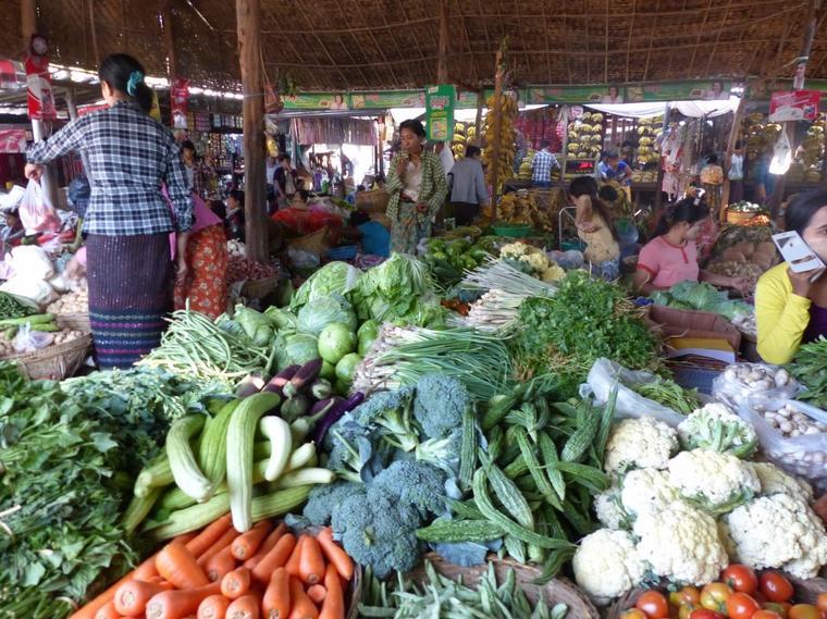 Myanmar 4-1 : Marché alimentaire