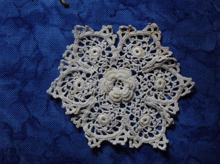 Libellules : Broderie traditionnelle