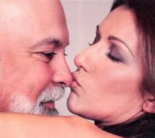 "Céline Dion rend hommage à son mari René : ""Tu es ma vie"""