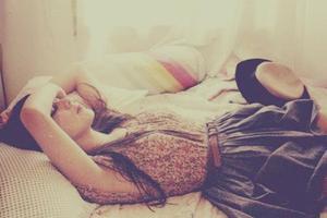Je veux que quelqu'un m'attende quelque part.