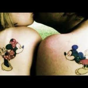 Le seul couple qui n'as jamais eu de problèmes c'est Mickey et Minnie ♥