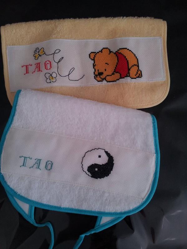 Bavoir pour Tao