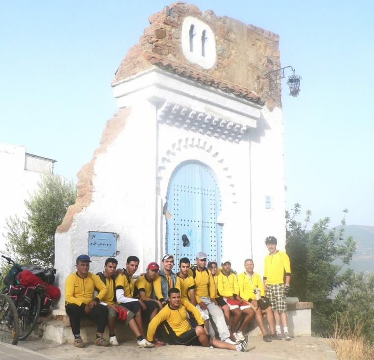 Cyclotourisme Maroc Meknes ^^ du 21 au 24 Aout 2012.(après la fête al-Fitr ) =>les villes : CheFchaouen +AKchour & ses cascades +Et-Tleta-de-Oued-Laou+cap Mazari+ El m'diq +TETOUAN.(288Km/ 4jrs).>> paysages naturels, Atlas de RIF ^^,MER MÉDITERRANÉE ,les plages ,Forets , rivières,vallées ..ect