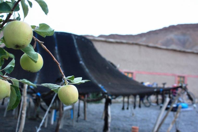 """ASCM.Cyclotourisme Meknès,la sortie :Tinghir et ses gorges -Todra- + Ait daoud + Ait Hani + Bozmou+Tissila+Imilchil """"festival d'Imilchil ou le Moussem des Fiançailles"""" + lacs"""" Isly& Teslit """"+ Ait Hssain + Khenifra.....( + 300Km / du 18 à 22 Spt 2013)."""