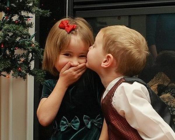 - On baise ensemble, on trinque ensemble, mais on va pas tomber pas amoureux quand même !