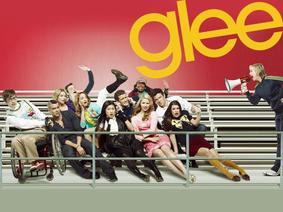 Glee VS Vampire Diaries