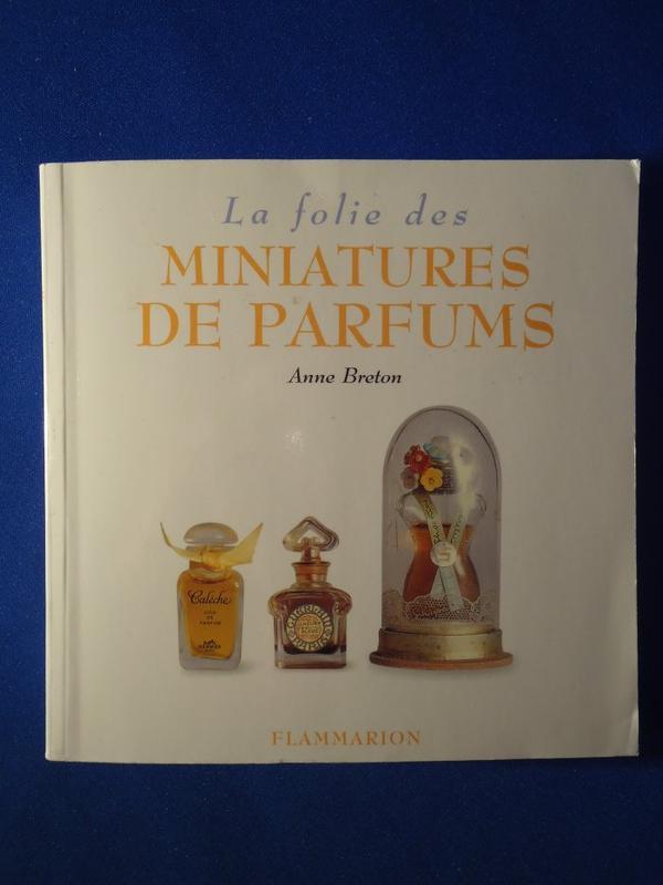 📚 Livre 📚 La folie des miniatures de parfums 📚