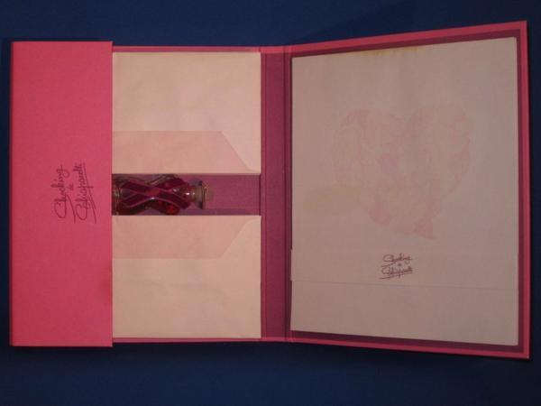 ✿ Schiaparelli - SHOCKING - papier à lettres avec petit flacon ✿