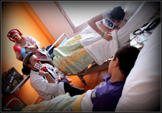 Profession : Clown à l'hôpital, un métier très sérieux.