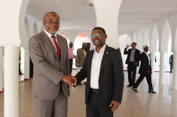 L'ancien Gouverneur Anissi reçu par le gouverneur SALAMI à Dar-Nadjah