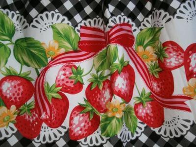 ~Jupe gingham strawberry (bodyline)~