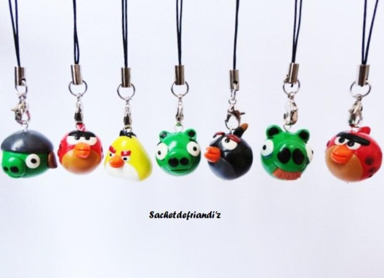 Bijoux de portable Angry Birds !