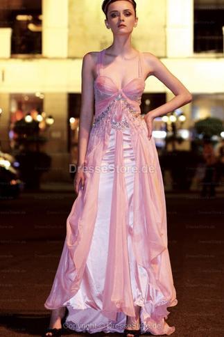 Ein schönes Abendkleid ist notwendig für fast jede Frau - Latest ...