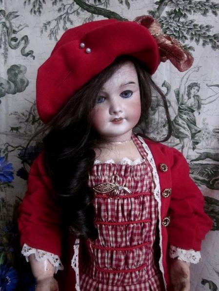 Robe pour poupée ancienne