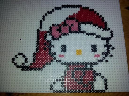 Hello kitty no l en perles hama blog de mes petites creations 13 - Perle hama noel ...