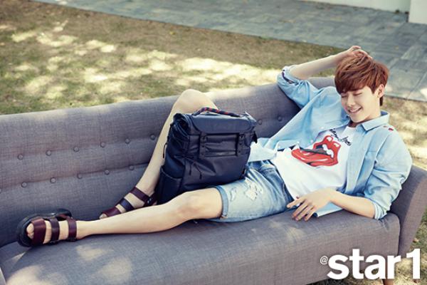 사진  L'acteur  Lee Jong Suk    pour  Star1, Juillet 2015    이종석