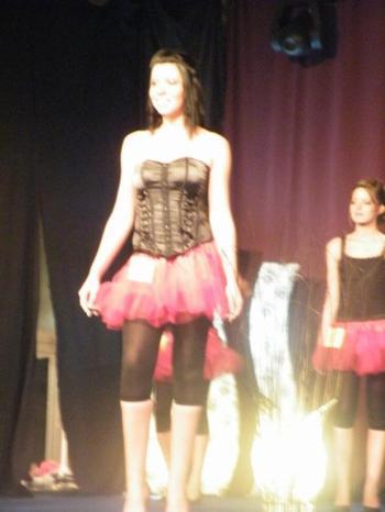 Le spectacle Miss Chièvres 2011-2011 ....