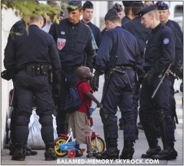 BLAGUE : L'enfant et la police
