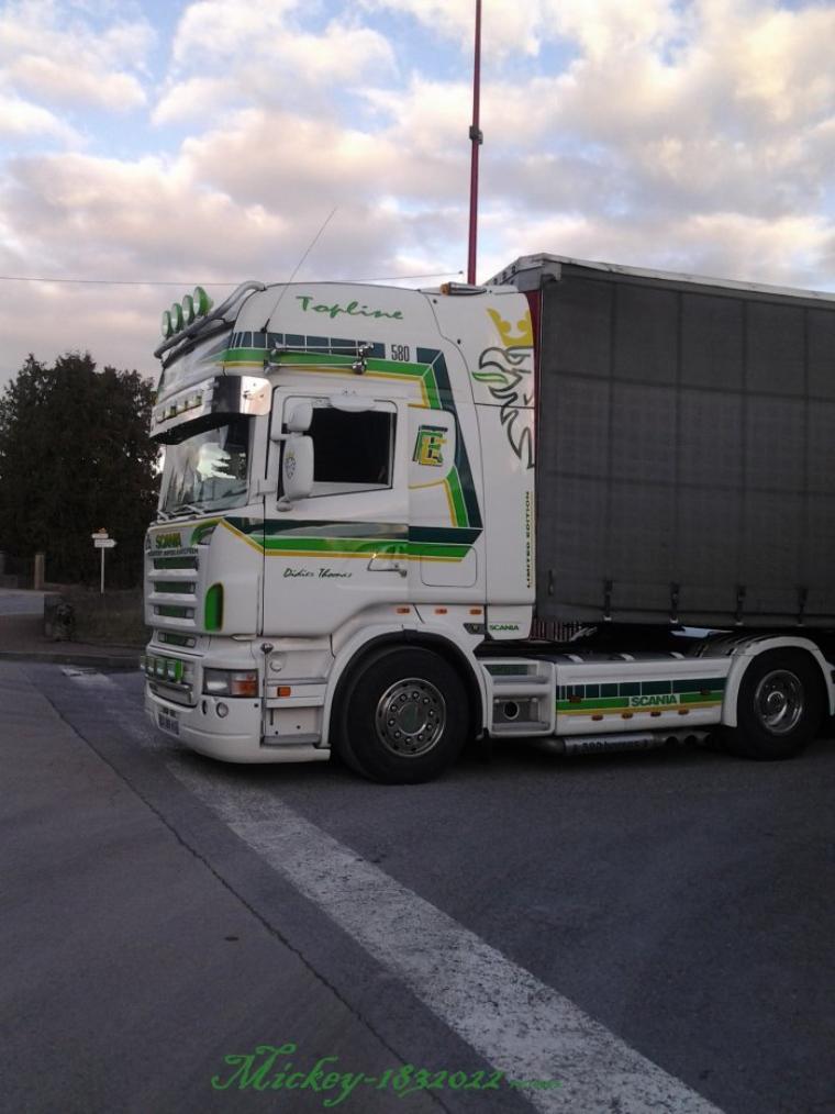 Bienvenu dans le monde du camion   ( Les mises a jours sont a la fin ..) .