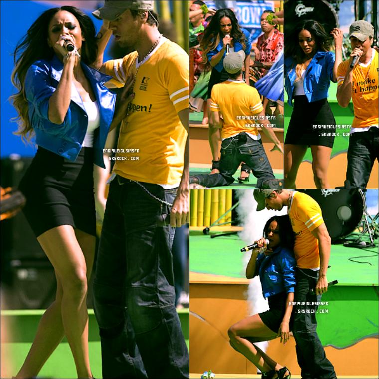 """. Dimanche 8 Février 2009 : Enrique et Ciara performent """"Takin' Back My Love"""" dans le cadre des Nfl Pro Bowl 2009. ."""