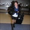 Shenae arrive à l'aéroport JFK de New York le 17 février
