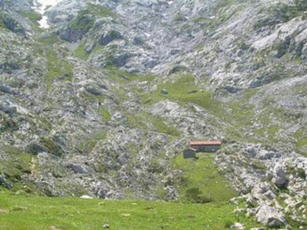 RUTEROS: ACTIVIDAD EN PICOS DE EUROPA - EXCURSIÓN 25 Y 26 DE JUNIO DEL 2011