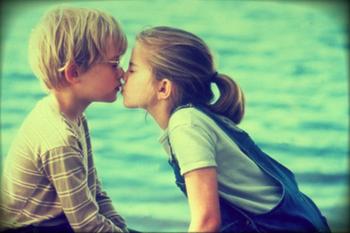 1er Amour... Ou Pas?? Moi J'Pense Pas
