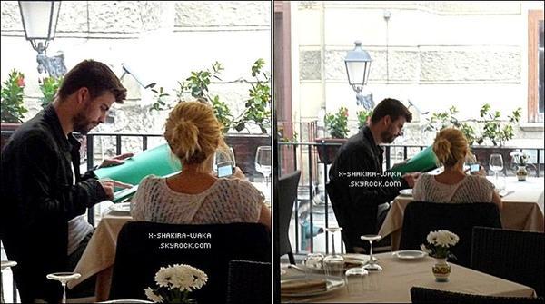 💇 Shakira est allée au « Salon de Coiffure de Jordi Ripoll ». 2o Mars 2012 - Barcelone, Espagne.