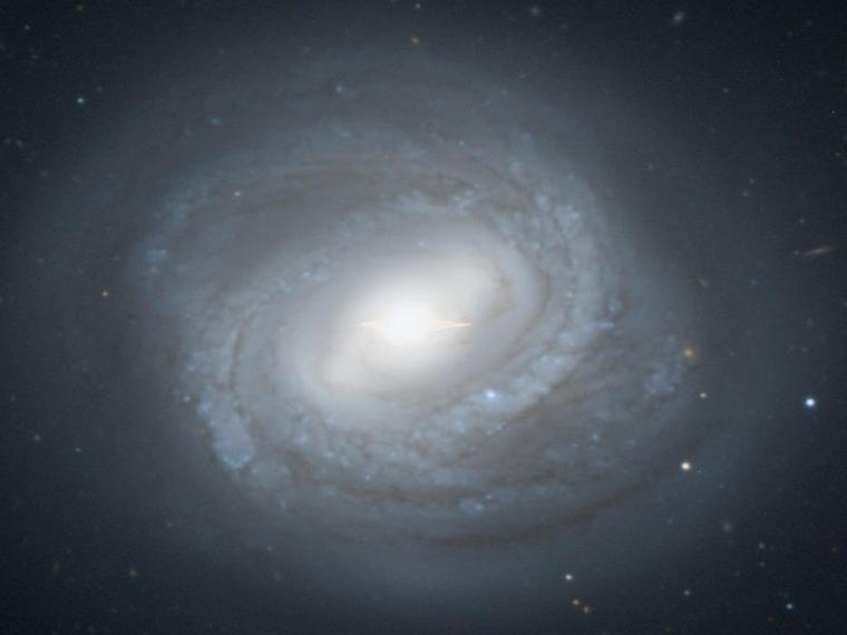 Galaxie de la Vierge M58 = NGC 4579